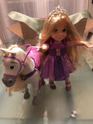 Rapunzel Disney princess and horse like new!! for Sale in Chicago, IL