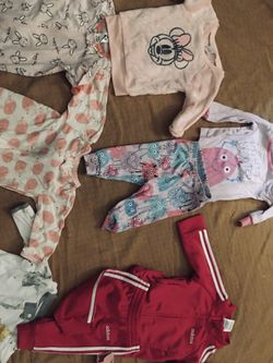 Baby Girl Clothes (0-3)(6-9) for Sale in Kissimmee,  FL