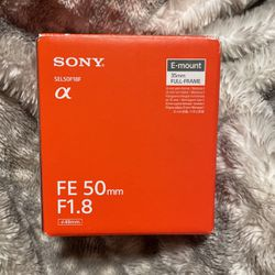 Sony camera lens originally $250.00 for Sale in Yakima,  WA