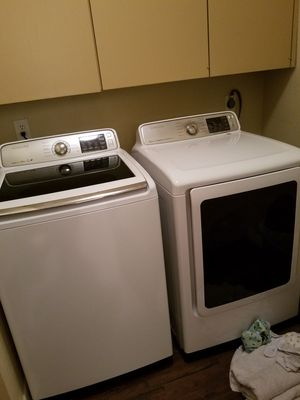 2017 samsung washer and dryer for Sale in Houston, TX