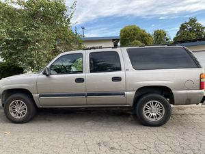 PARTS CAR ! 2000 Chevy Suburban for Sale in Vallejo, CA
