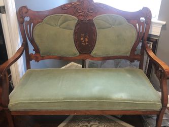 Antique Settee for Sale in Arlington,  VA