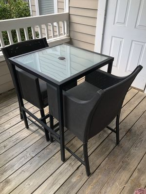 Outdoor chair and table patio furniture for Sale in Chapel Hill, NC