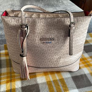 Guess Bag good condition for Sale in Lake Elsinore, CA