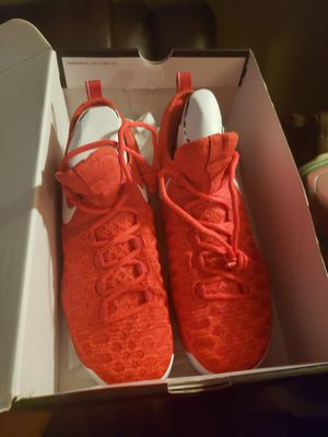 Kevin Duran zoom kD9 red size 8 for Sale in Duluth, GA