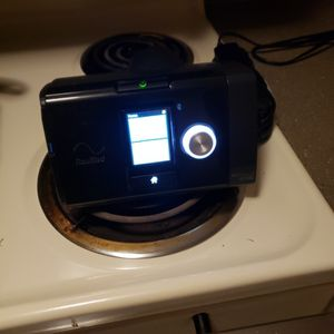 Resmed Aiirsence 10 Autoset Cpap Machine With Humidifier. for Sale in Aurora, CO