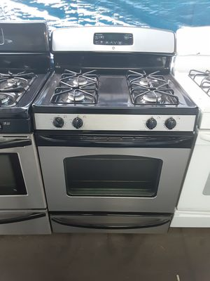 $399 GE stainless gas stove includes delivery in the San Fernando Valley of warranty and installation for Sale in Los Angeles, CA