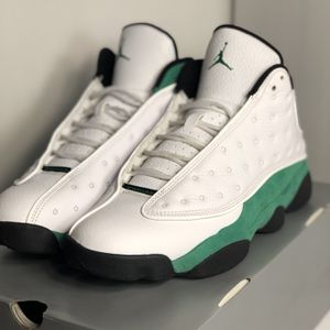 Jordan 13 Retro Luck Green Size 9.5 for Sale in Chicago, IL