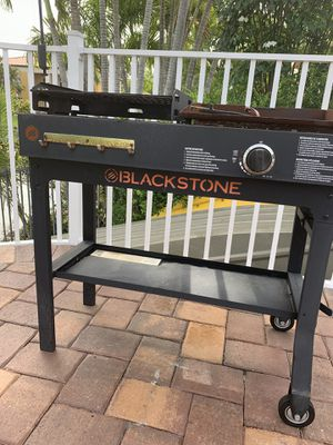 Black stone grill/ barbecue/ BBQ used once, must sell for Sale in Hialeah, FL