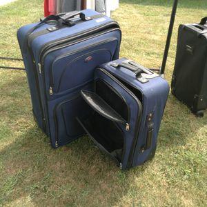 American Tourister luggage for Sale in Peoria, IL