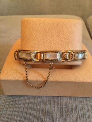 "Vintage Ladie's Goldtone Ornate Design Bracelet 7.5"" for Sale in Houston, TX"