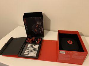 Beats Mixr Headphones for Sale in Alexandria, VA