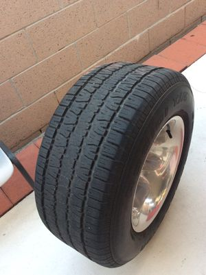 4 tires and rings BFgoodrich p275/60R15 ring 117/15-10 for Sale in Anaheim, CA