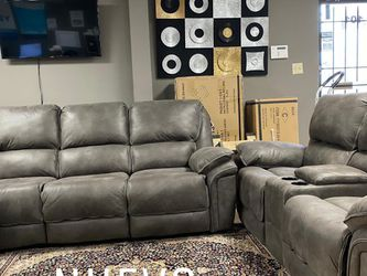 Beautiful and comfortable recliner sofa‼️ for Sale in Houston,  TX