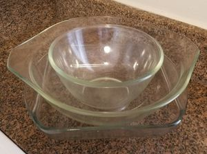 Pyrex & Anchor Hocking Glass Bowls & Pan for Sale in Fort Washington, MD