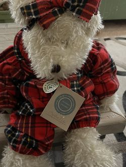 "Boyds Bear Ophelia 17"" Red Plaid PJ's Soft Toy Plush Stuffed Animal for Sale in Peyton,  CO"