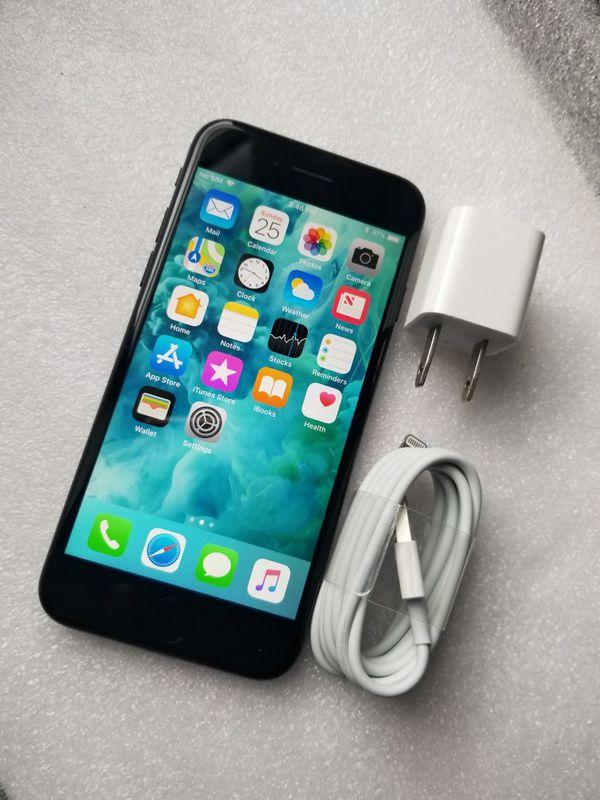 iPhone 7 Factory Unlocked