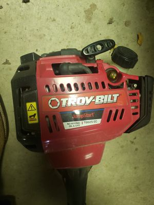 Troy build weed eater with 3 string head for Sale in San Antonio, TX