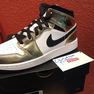 Jordan 1 Mid Gold GS 5y for Sale in Redwood City, CA