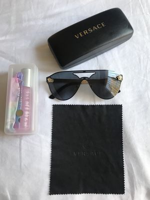 Versace sunglasses full set for Sale in Portland, OR