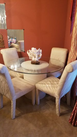Breakfast table for Sale in Hutto, TX