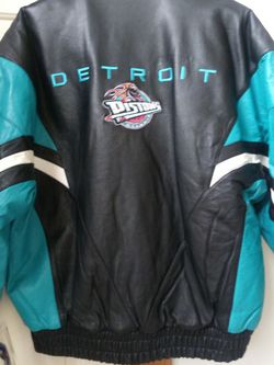 Only Size. L. Left for Sale in Sterling Heights,  MI