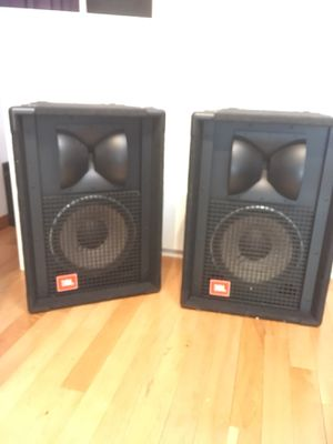 JBL SR 4722A pro audio 12 in. 600 watts 8 ohm ,loud speakers / 2 ( matching pair) pole mount. great condition!j for Sale in Los Angeles, CA