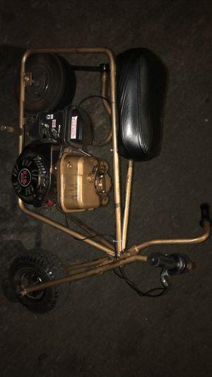 mini bike 6.5 runs good i just put sum new stuff on it for Sale in Los Angeles, CA