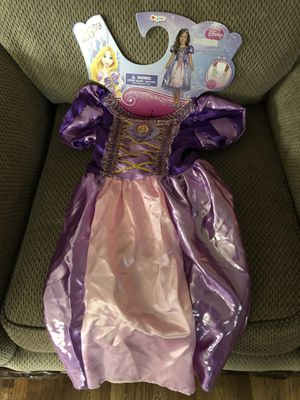 Disney Rapunzel Custume Size 4 + for Sale in Spanaway, WA