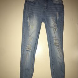 Medium-light Wash Distressed Skinny Jeans. for Sale in Alexandria,  TN
