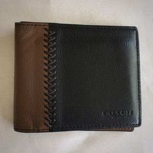 Coach Baseball Stitched Black and Brown Wallet for Sale in Stockton, CA