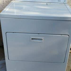Kenmore 70 Series Dryer for Sale in Bakersfield, CA