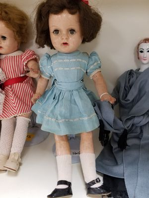 Very Cute Antique Doll for Sale in Beaverton, OR