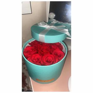 Preserved Rose box Last 3 Years! for Sale in Commerce, CA