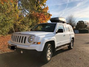 Jeep Patriot 2015 Great Condition 53k Miles 7yr/100k Mile Warranty for Sale in Portland, OR
