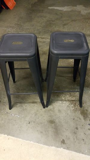 """Metal one piece bar stools 2 for $20 -12"""" by 12"""" by 30 in tall for Sale in Moon, PA"""