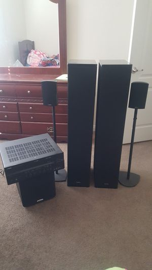 definitive technology speakers & yamaha receiver and polk audio sub for Sale in Pumpkin Center, CA