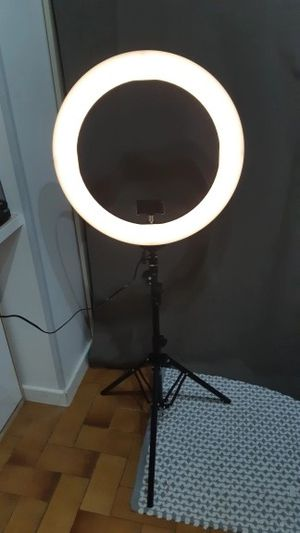 LED Ring light for Sale in Chicago, IL