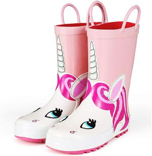 New Unopened Girl Rain boots Size 3 for Sale in Orlando, FL
