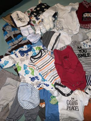 Newborn baby clothes for Sale in Mesquite, TX
