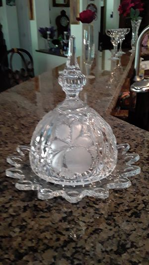 Crystal dish perfect vintage heavy perfect for Sale in Las Vegas, NV