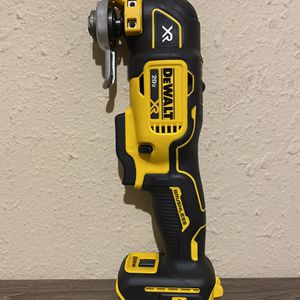 FIRM PRICE — PRECIO FIRME *** DEWALT XR 3 SPEED MULTITOOL ( NO BATTERY NO CHARGER ) for Sale in Dallas, TX