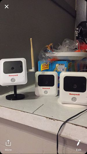 Honeywell ipcams 3 of them for Sale in Sioux City, IA