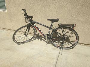 Fuji Hybrid Bike for Sale in Aberdeen, WA