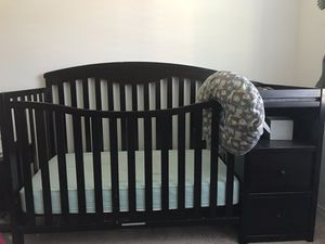 Crib, changing table, storage combo!!! for Sale in Fontana, CA
