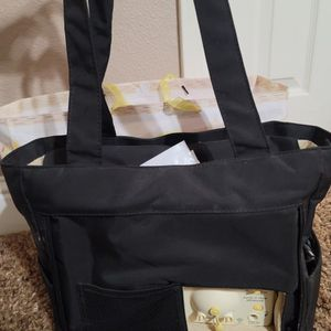 Medela Advanced Pump In Style for Sale in Fresno, CA