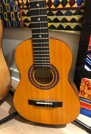 1/2 size amigo guitar for Sale in Washington, DC