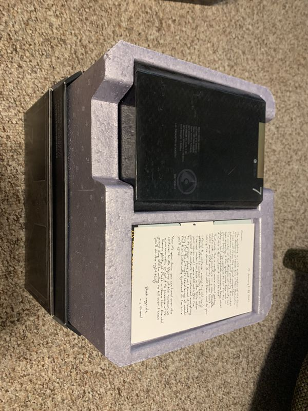 HALO Reach collectors edition statue