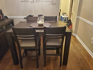 7 Piece Dining Set for Sale in UPPR MARLBORO, MD