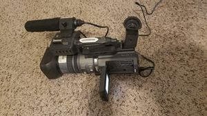 SONY DSR-PD150 VIDEO CAMERA for Sale in Tampa, FL